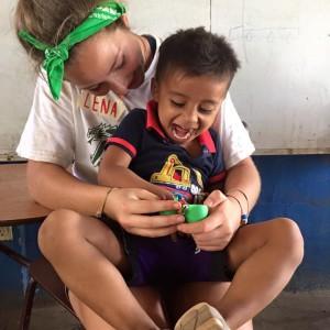 Lena and an El Papayal student